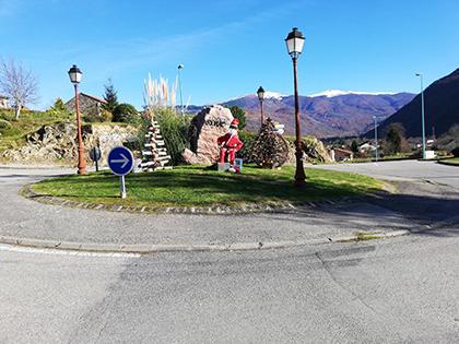 Décoration du rond point - Commune d'Arignac Ariège (09)