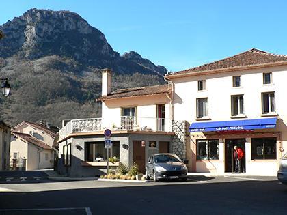 Les commerces - Commune d'Arignac Ariège (09)